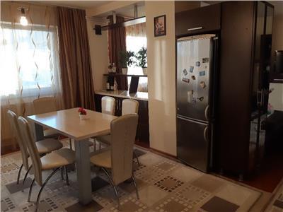 Apartament cu 3 camere in Zorilor, ctie noua, zona liceului Waldorf !