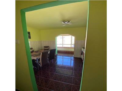 Apartament 2 camere dec etaj intermediar mobilat/utilat Intre Lacuri!