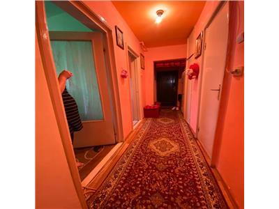 Apartament 2 camere decomandat etaj int zona Minerva Manastur