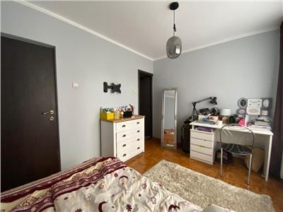 Apartament 4 camere decomandat etaj 2 zona Casa Piratilor Manastur