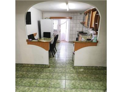 Apartament 3 camere decomandat zona Kaufland Manastur