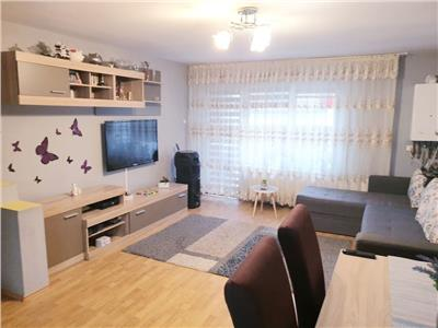 Apartament 3 camere, etaj intermediar in Floresti!