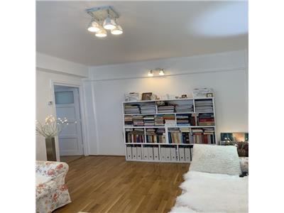 Apartament 2 camere mobilat in Piata Mihai Viteazu langa Florin Piersic!