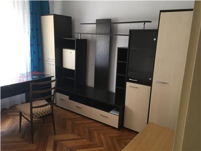Apartament 3 camere decomandat cu garaj zona Calvaria Manastur