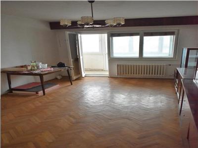Apartament cu 4 camere decomandat in Manastur, zona Ion Creanga !