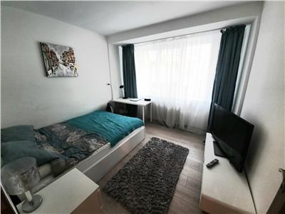 Apartament cu 2 camere decomandate, zona Panemar, Horea