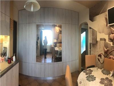 Apartatment 2 camere decomandat etaj 3 zona Synevo Manastur