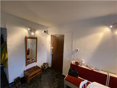Apartament 3 camere cu garaj Zorilor, zona UMF