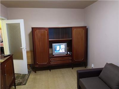 Apartament 2 camere decomandat etaj intermediar zona OMV Manastur