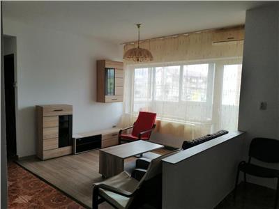 Apartament 3 camere mobilat si utilat, zona centrala, in Floresti!