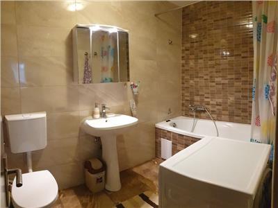 Apartament 3 camere de inchiriat, mobilat si utilat, zona strazii Florilor in Floresti!