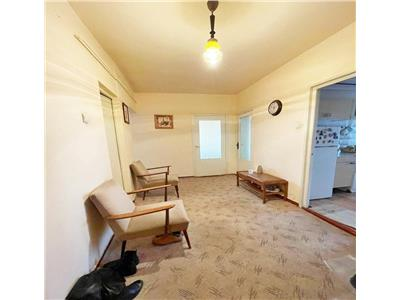 Apartament 4 camere decomandat zona Kaufland MOL Manastur