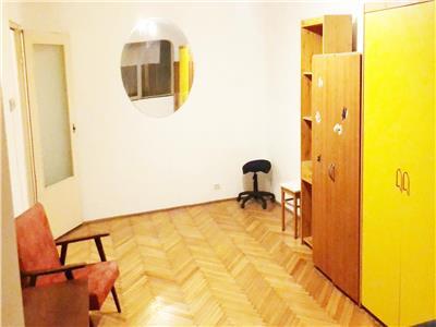 Apartament 3 camere decomandat etaj 1 zona OMV Manastur Billa