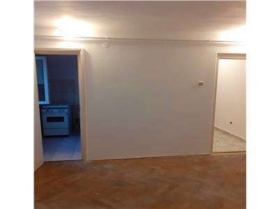 Apartament cu 2 camere in Manastur, zona Pritax !