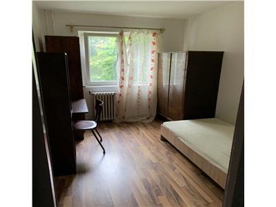 Apartament cu 3 camere in Manastur, in zona Putna !