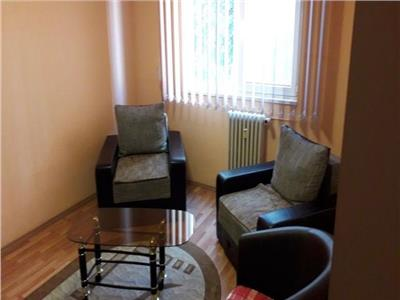 Apartament cu 3 camere in Manastur la etajul 2 !