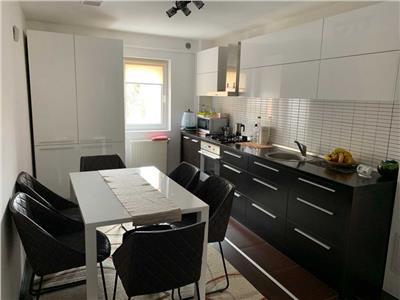 Apartament cu 3 camere, garaj de beton in Manastur, zona Kaufland !