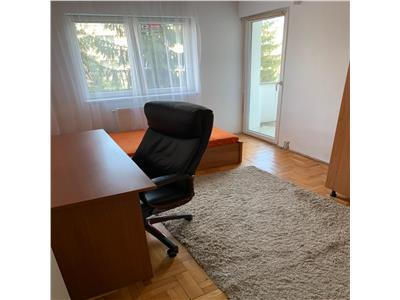Apartament cu 4 camere la pret de 3 camere in Zorilor, etaj 3/4, zona Piata Zorilor !