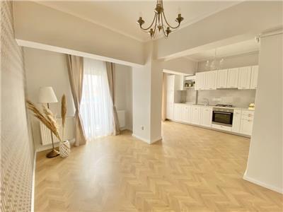 Apartament 3 camere finisat lux, etaj intermediar in Floresti!