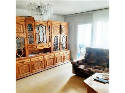 Apartament 3 camere etaj 1 zona Profi Casa Radio Grigorescu