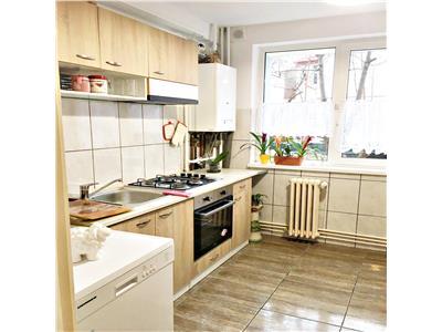 Apartament 2 camere decomandat cu garaj zona Policlinica Grigorescu