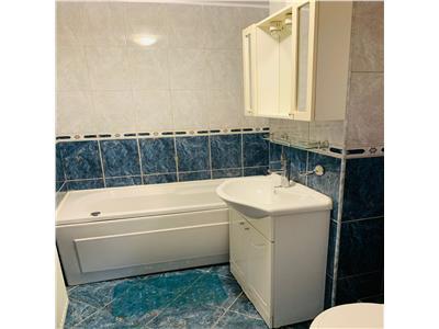 Apartament cu 3 camere, 2 bai, 2 balcoane, 2/4 in Manastur, zona Campului!