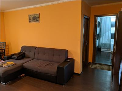 Apartament 2 camere mobilat si utilat, zona strazii Cetatii in Floresti!