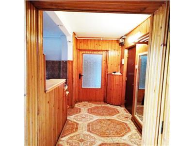 Apartament 2 camere dec. etaj 2 zona Kaufland Ion Mester Manastur