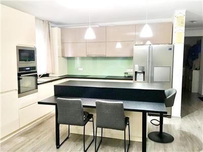 Apartament 4 camere cu terasa si parcare zona MOL Calea Turzii