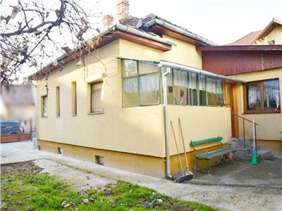 Casa individuala cu teren 300 mp in zona Policlinica Grigorescu