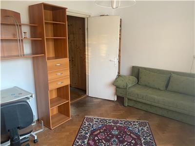 Apartament 2 camere semidecomandat, zona P ta Hermes in Gheorgheni!