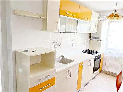 Apartament 3 camere etaj 2 zona BIG Carrefour Manastur