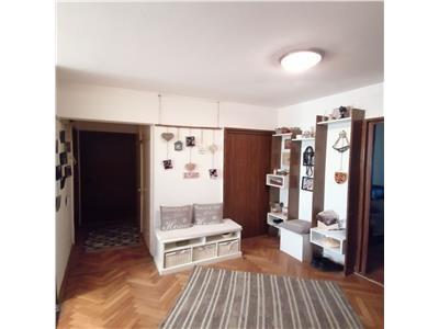Apartament cu 4 camere in Manastur, etaj 2/4, 78 mp, zona La Terenuri !