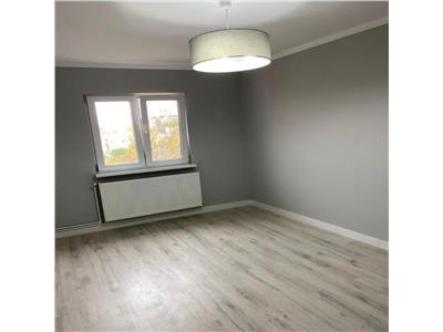 Apartament cu 3 camere renovat total in Manastur in zona Panemar- Bucium !