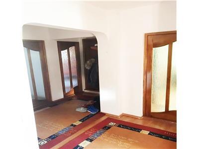 Apartament 3 camere decomandat zona Big Belly Gradini Manastur