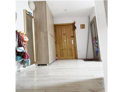 Apartament 2 camere decomandat zona Golden Tulip Zorilor