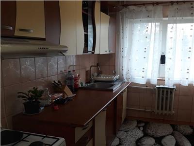 Apartament cu 2 camere in Manastur, etaj 2/4 in zona Grigore Alexandrescu!