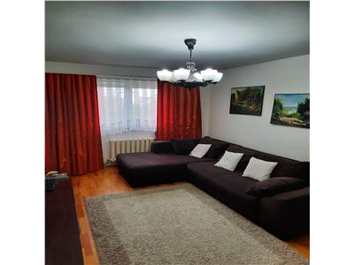 Apartament 3 camere, decomandat, Zona FSGA, Cartier Marasti
