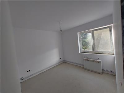 Apartament cu 3 camere, 2 balcoane, 58 mp in Manastur !