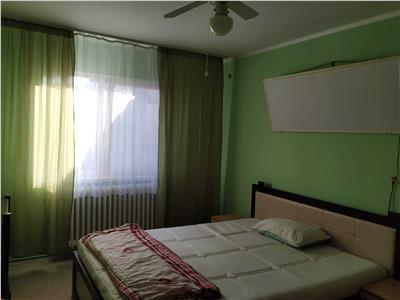 Apartament cu 3 camere si garaj in Manastur, zona Bogdan Voda !