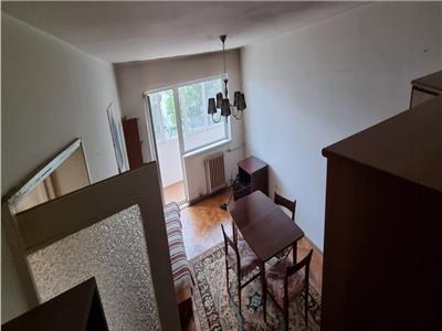 Apartament cu 3 camere la etajul 2 in Manastur, zona Grigore Alexandrescu !