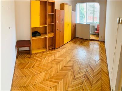 Apartament cu 3 camere in zona Bazei Sportive Transilvania !