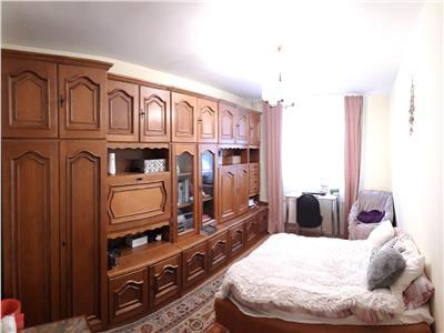 Apartament 3 camere in Manastur, Zona Olimpia