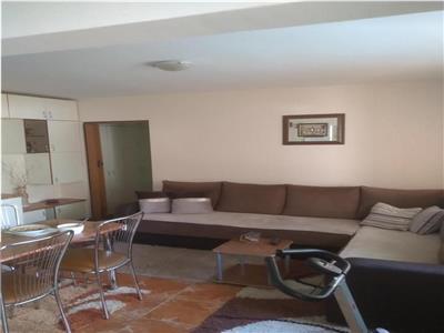 Apartament 3 camere, cu balcon, in Manastur, zona Sirena