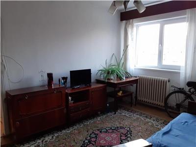 Apartament cu 4 camere in Manastur, zona Casa Piratilor
