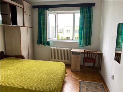 Apartament cu 3 camere, etaj 3/4, 69 mp utili, in Manastur !
