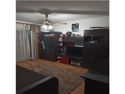 Apartament 3 camere, 2 bai, Intre Lacuri, zona Iulius Mall