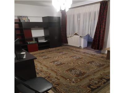 Apartament 3 camere, 2 bai, in Manastur, zona Kaufland