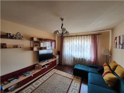 Apartament cu 3 camere, 76 mp + 3 balcoane, parcare cu CF in Manastur !