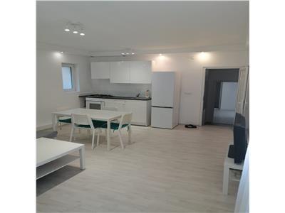 Apartament 3 camere, Semicentral, zona USAMV